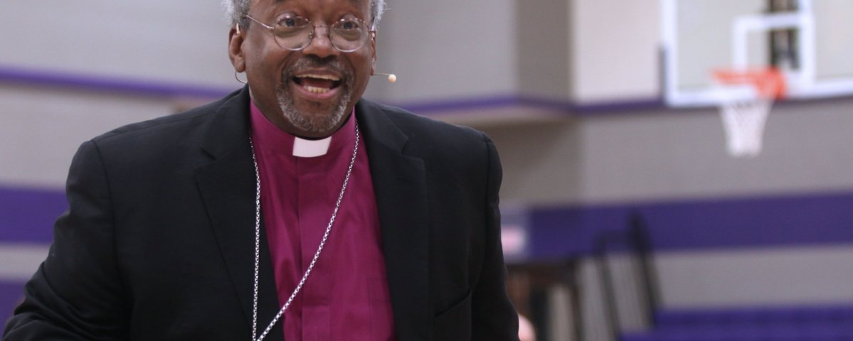 Image: The Most Rev. Michael B. Curry speaks to students at the Episcopal School of Knoxville (Photo courtesy of ESK).